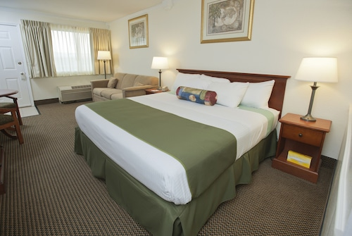 Great Place to stay Admiral on Baltimore near Rehoboth Beach