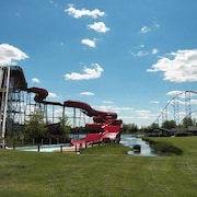 Darien Lake Lodge on the Lake - Admission Included