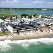 Atlantic Oceanfront Motel At Wells Beach Maine