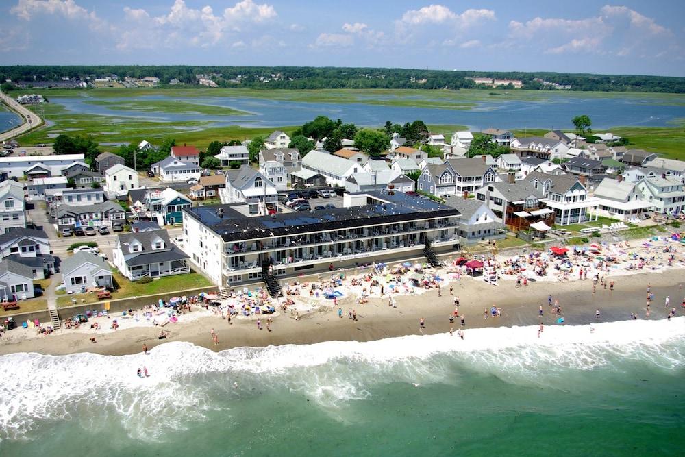 Atlantic Oceanfront Motel At Wells