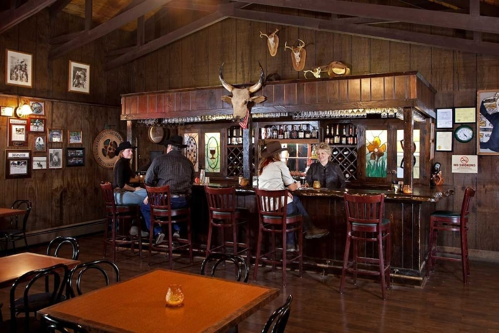 Bar, Malibu Dude Ranch
