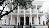 Henry Howard Hotel - New Orleans Hotels