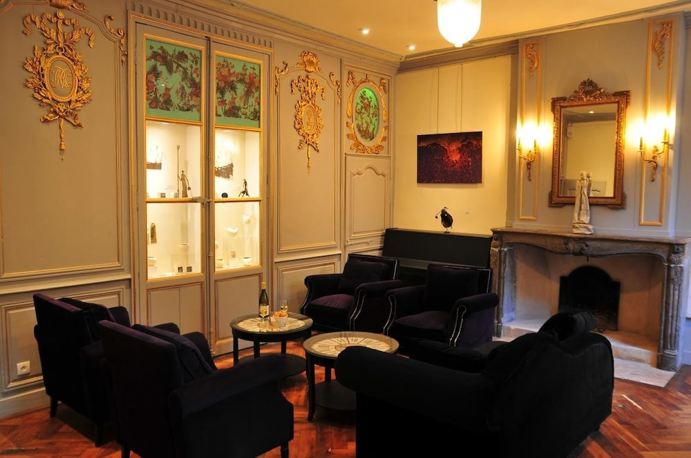Executive Lounge, SY Hôtel les Glycines