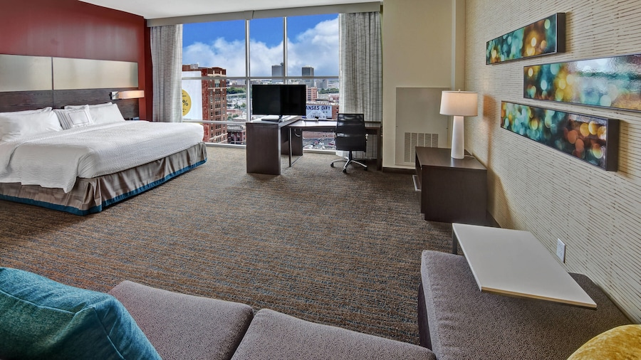 Residence Inn by Marriott Kansas City Downtown/ Convention