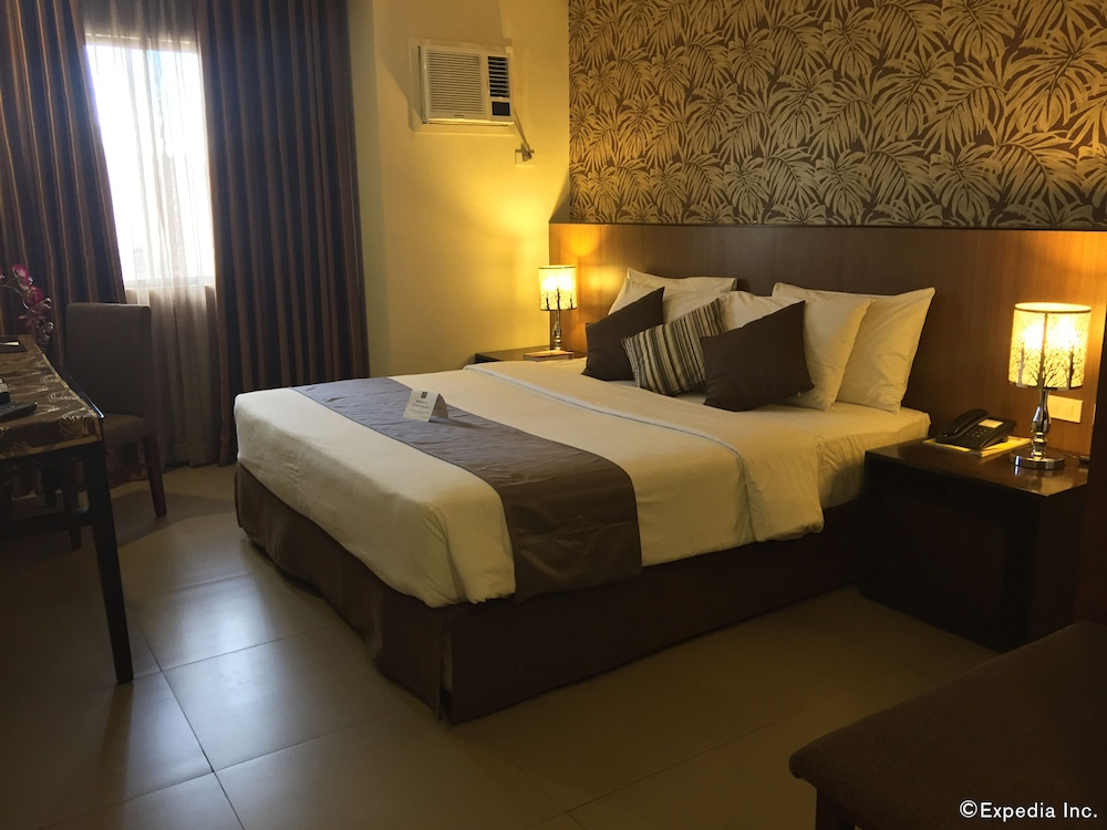 Gt Hotel Bacolod Rooms
