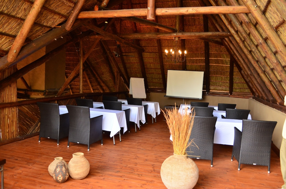 Meeting Facility, Itaga Luxury Private Game Lodge