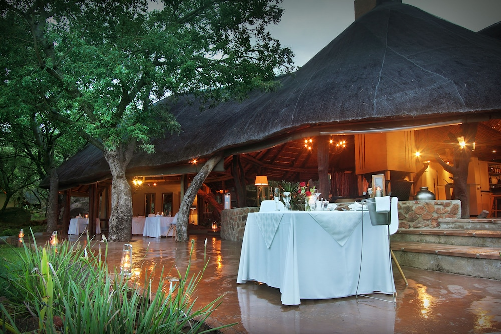 Restaurant, Itaga Luxury Private Game Lodge