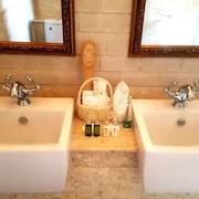 อ่างล้างมือ