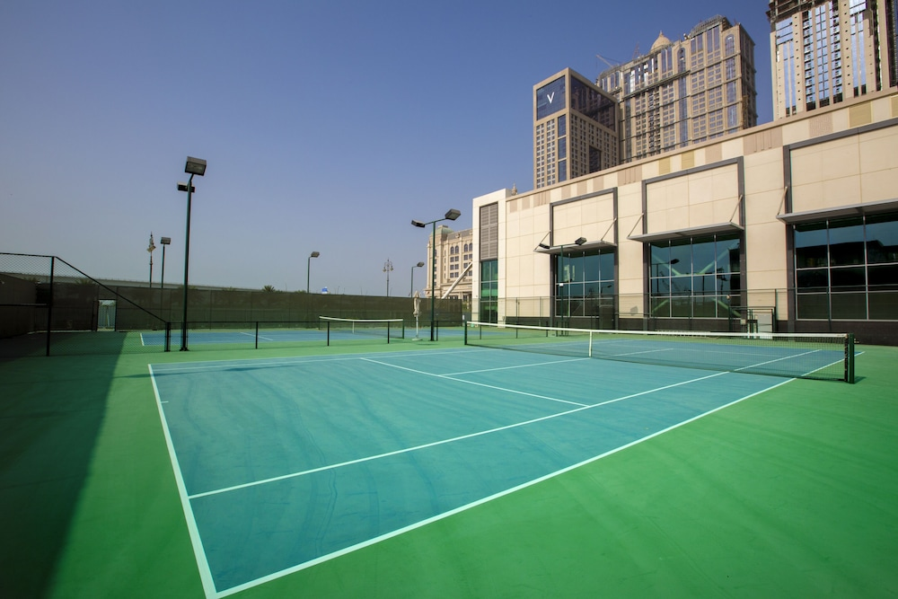 Tennis Court, Hilton Dubai Al Habtoor City