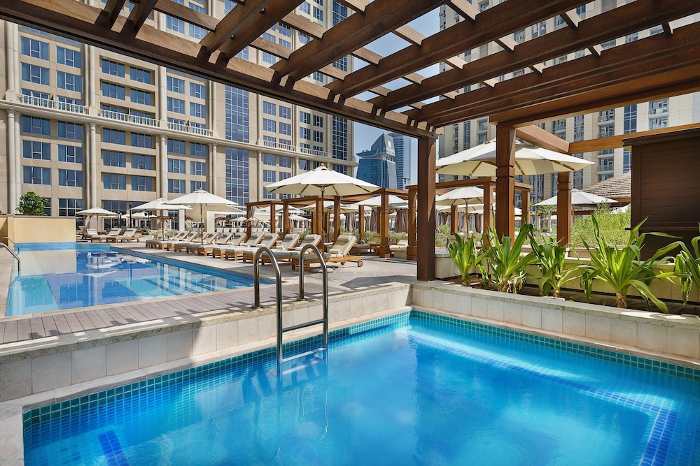 Terrace/Patio, Hilton Dubai Al Habtoor City