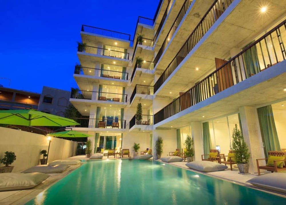 Wabi sabi boutique hotel in phuket hotel rates reviews for Boutique hotel phuket