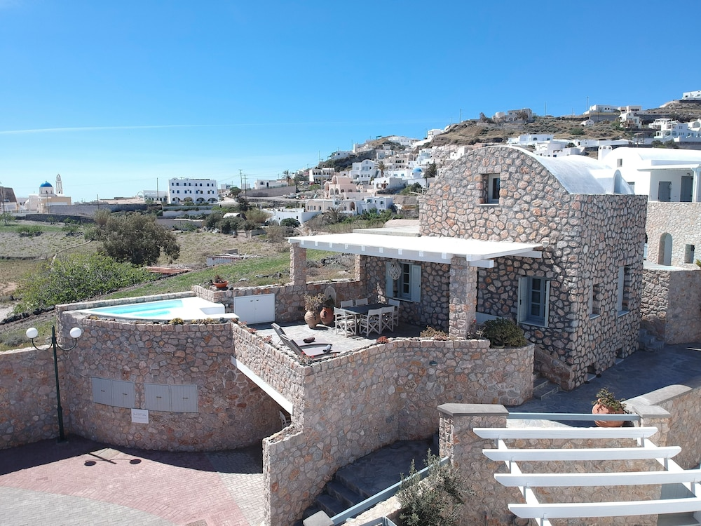 Aerial View, Red Cliff Villa