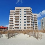 Units at Xanadu II by Elliott Beach Rentals
