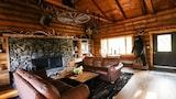 Trapper Peak Guest Lodge - Victor Hotels