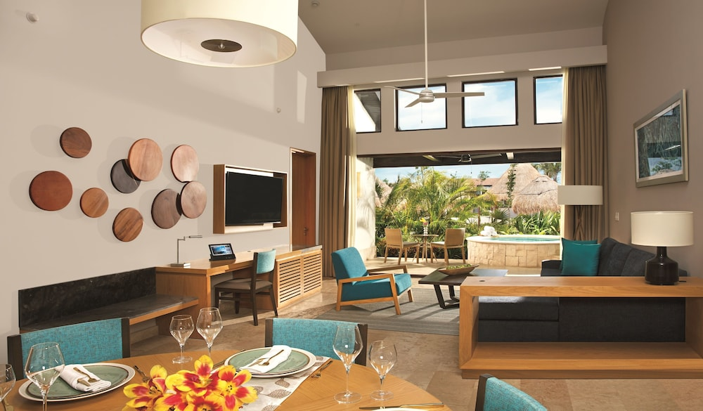 Living Area, Dreams Playa Mujeres Golf & Spa Resort - All Inclusive