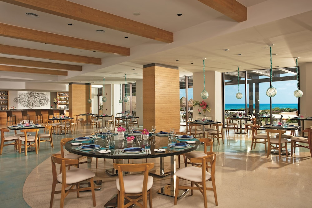 Restaurant, Dreams Playa Mujeres Golf & Spa Resort - All Inclusive