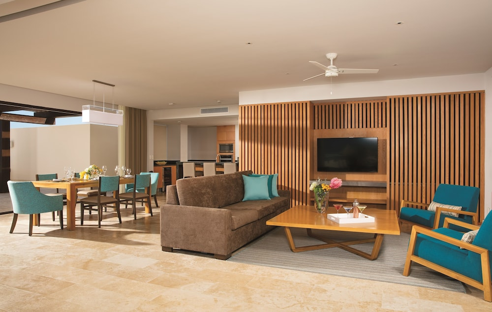 Living Room, Dreams Playa Mujeres Golf & Spa Resort - All Inclusive