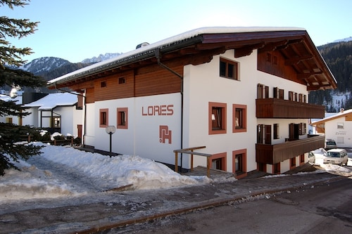 Residence Lores