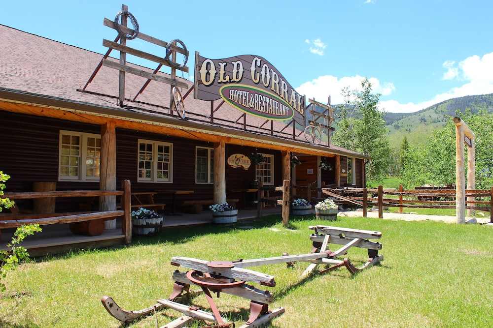 Featured Image, Old Corral Hotel & Steakhouse