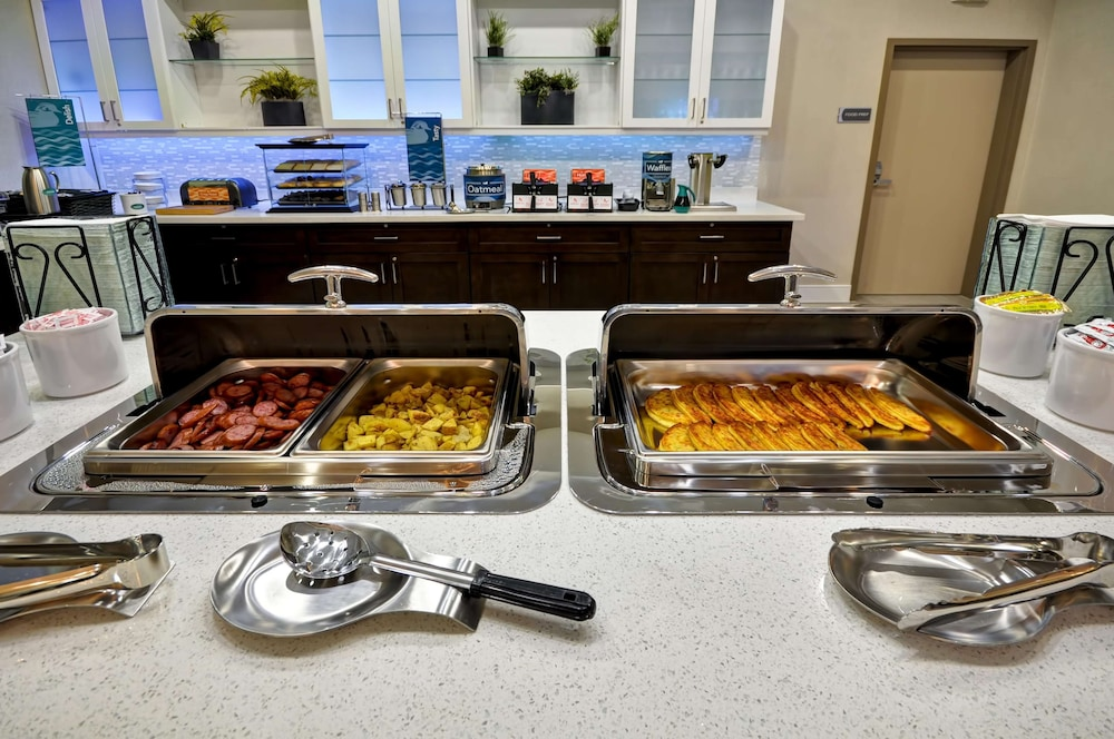 Breakfast buffet, Homewood Suites By Hilton New Braunfels