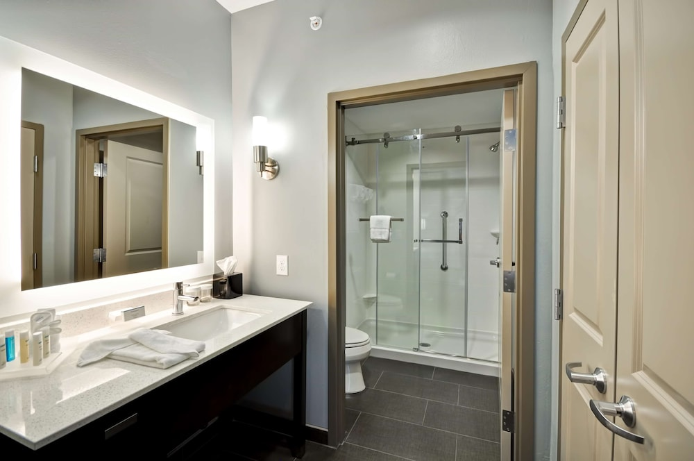 Bathroom, Homewood Suites By Hilton New Braunfels