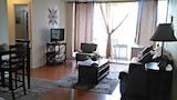 Renovated one bedroom 2 min to the beach - Honolulu Hotels