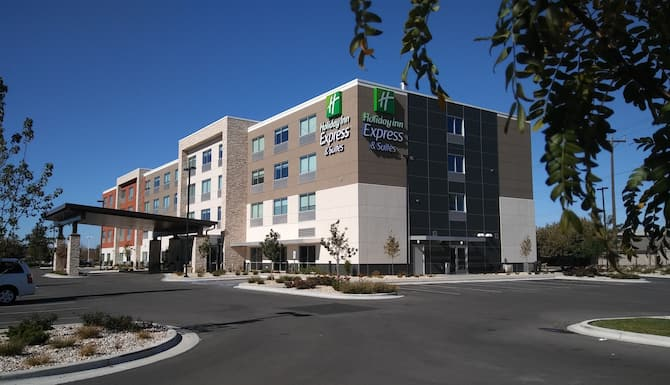 Holiday Inn Express Suites Boise