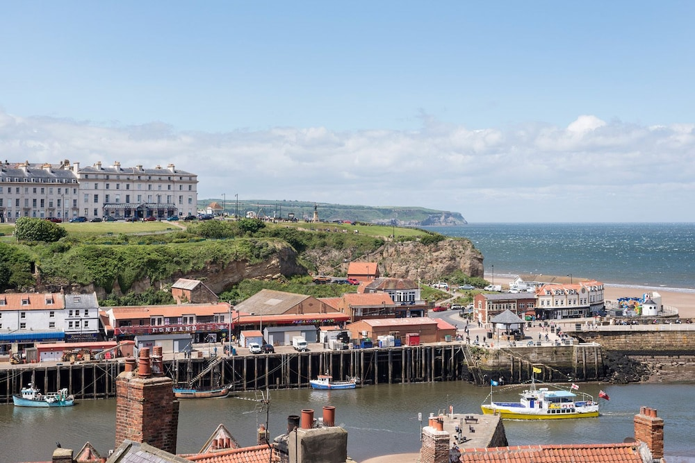 Whitby Hotel Deals
