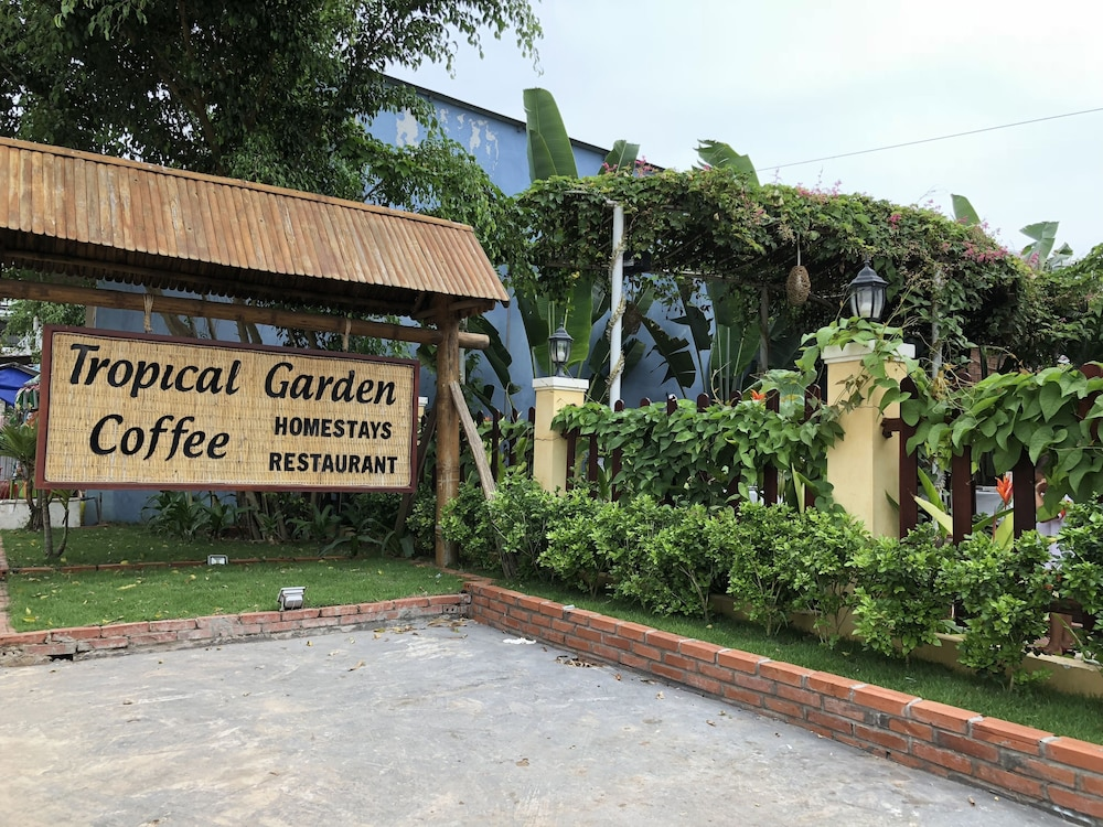 Tropical Garden Homestay: 2018 Room Prices $20, Deals & Reviews ...