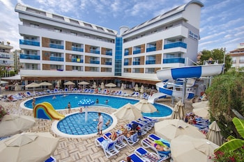 Blue Wave Suite Hotel - All Inclusive