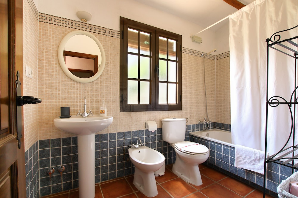 Bathroom, Casitas de la Sierra