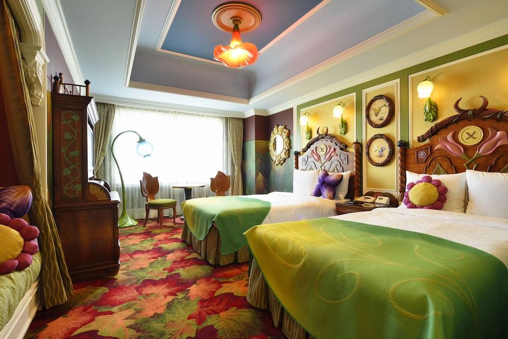 Chiba Hotel Room