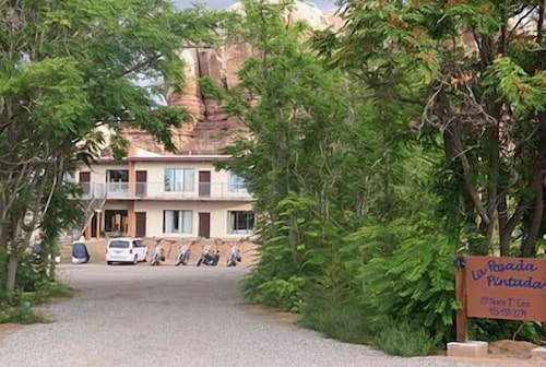 Great Place to stay La Posada Pintada near Bluff