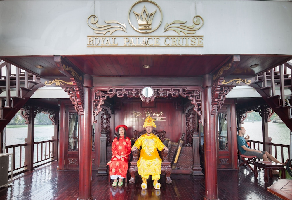 Interior Detail, Halong Royal Palace Cruise