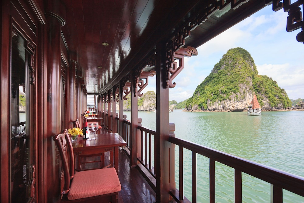 Check-in/Check-out Kiosk, Halong Royal Palace Cruise