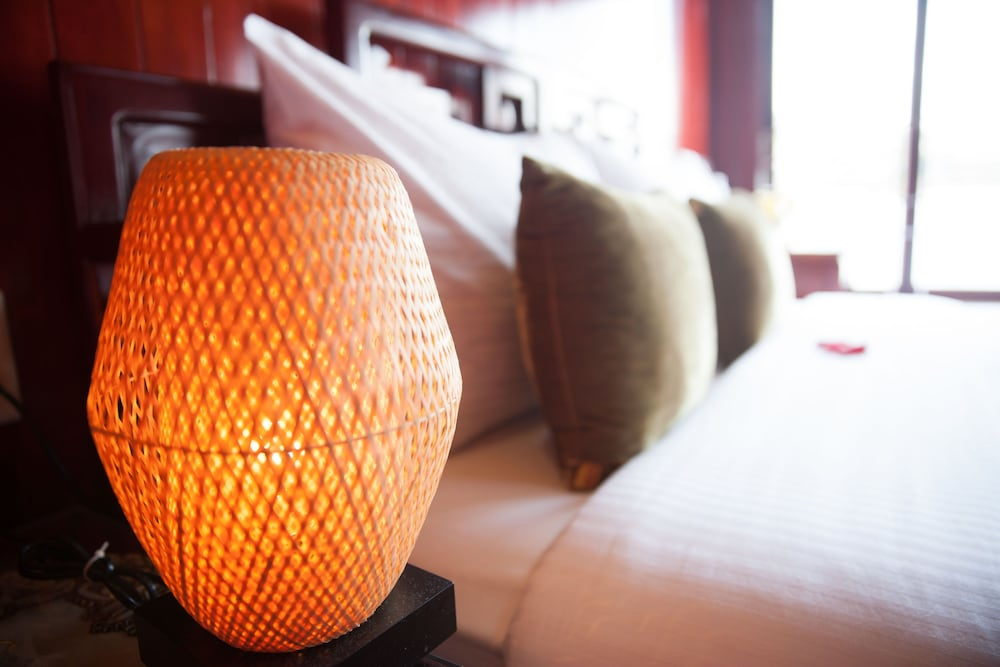Room Amenity, Halong Royal Palace Cruise