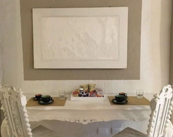 Cento Suites Deals & Reviews (Cagliari, ITA)   Wotif