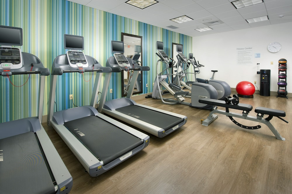 Fitness Facility, Holiday Inn Express & Suites Altoona