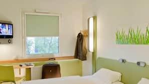 Desk, free cots/infant beds, free WiFi, wheelchair access
