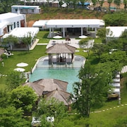 Club Inner Hotel & Resort