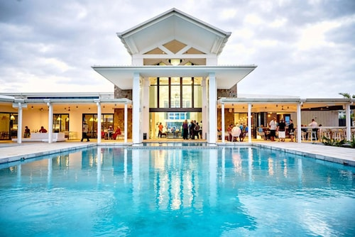 Top Luxury Samoa Hotel Deals
