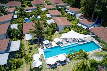 CoconutsPalm Resort