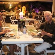 Khu ẩm thực cho cặp đôi