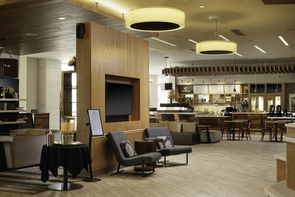 Courtyard by Marriott Erie Bayfront in Erie, PA | Expedia