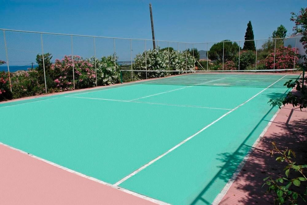 Tennis Court, Navarone