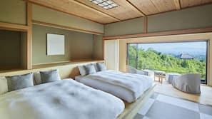 高級寢具、房內夾萬、免費 Wi-Fi、床單
