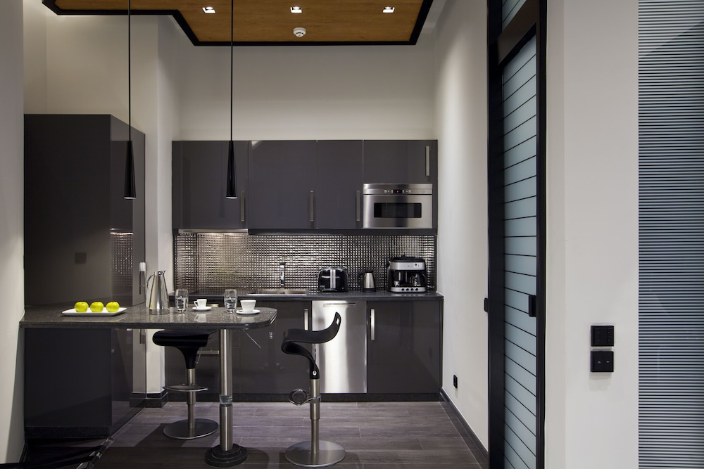 Private Kitchenette, MET34 Athens