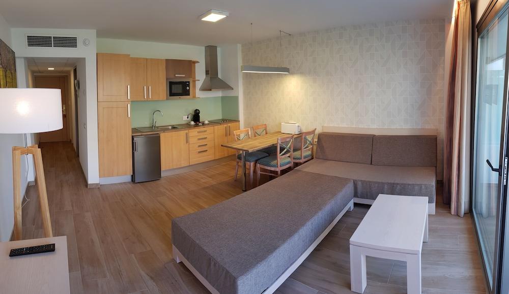 Apartamentos Helios Mallorca (Playa De Palma)   2018 Hotel Prices | Expedia