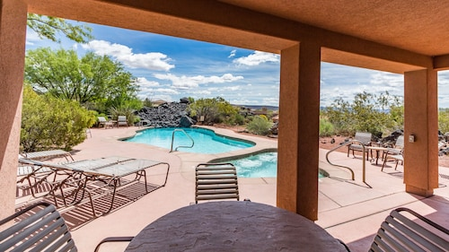 Lava Falls at Entrada Vacation Rentals
