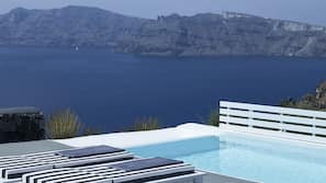 Piscine extérieure, piscine sur le toit